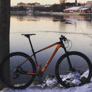 Jag kör den mesta träningen på den cykeln jag vill prestera bäst på. I mitt fall MTB