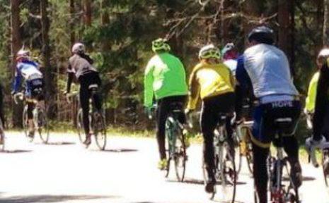 Fenix cyclists