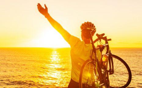Regelbunden träning ökar chansen till överlevnad vid covid-19. Det visar ny forskning relaterad till fysisk aktivitet och covid-19.